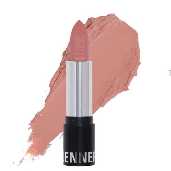 kylie august matte lipstick